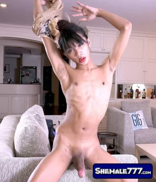 Franks-TGirlWorld: Icey - ICEY'S SALIVATING DEBUT! (UltraHD/4K 2160p, 3.44 GB)