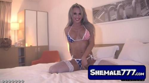 tspov: Mia Maffia - Perfect 10 brit blonde Mia Maffia loves Americans [MP4, 720p]