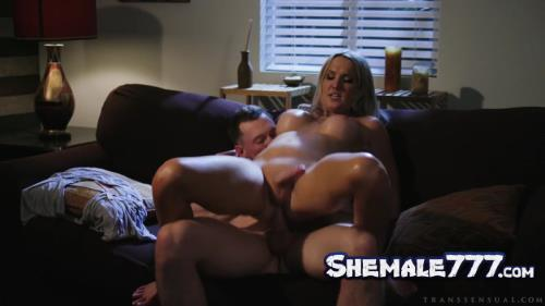 Transsensual: Pierce Paris, Kayleigh Coxx - Sweet Talking (HD 720p)